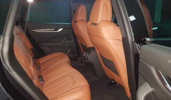 Maserati Levante lleno